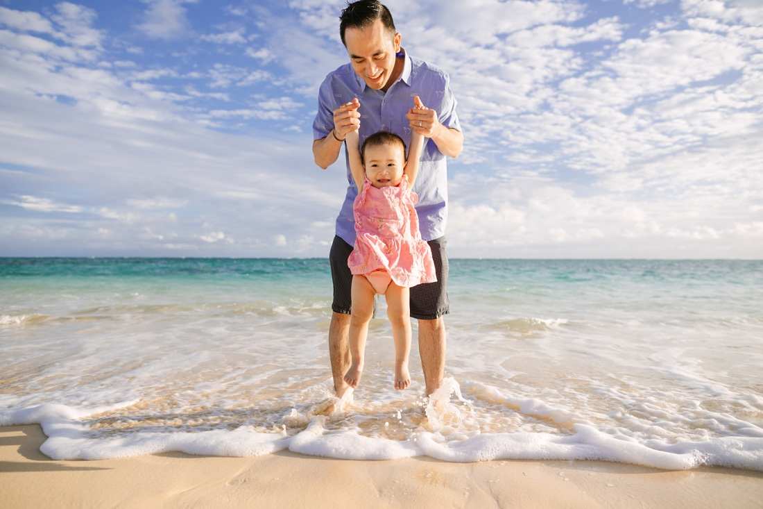Lanikai Beach Photographer captures dad and baby at the beach